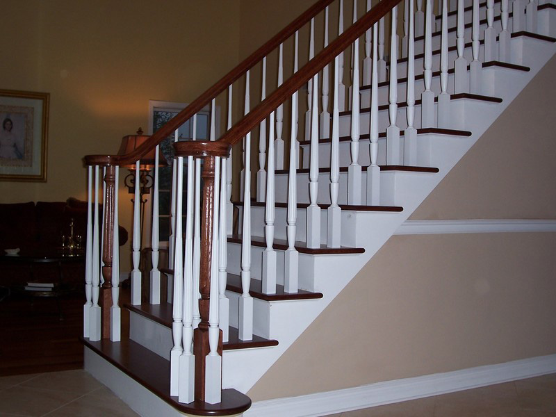 Wood Balustersstair And Railing ...